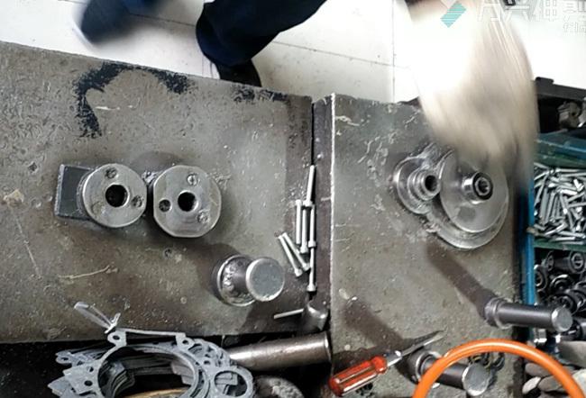 Crankcase assembly Video